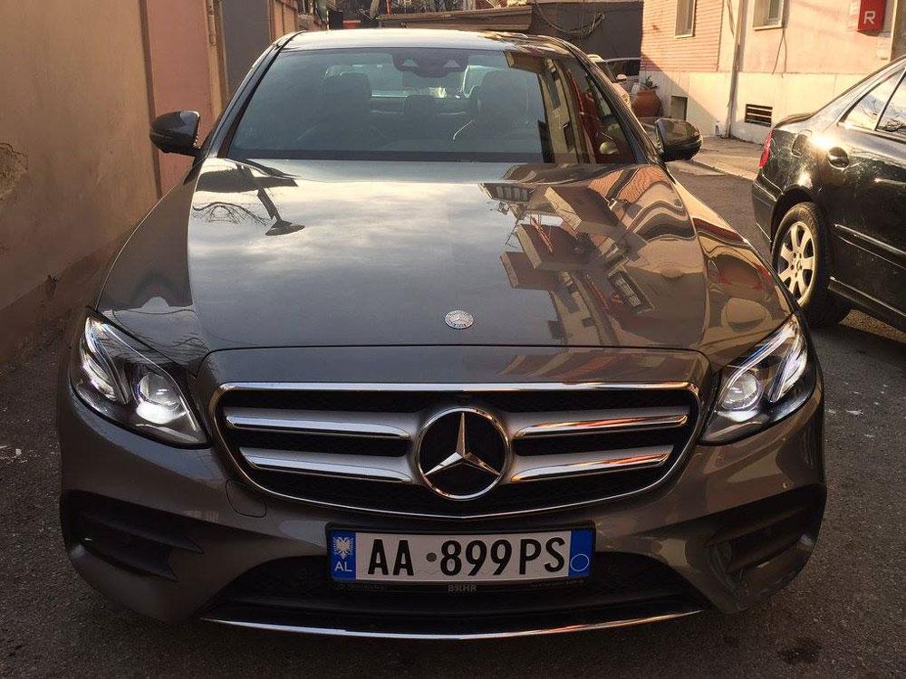 Mercedes-Benz-E-Class-(9)