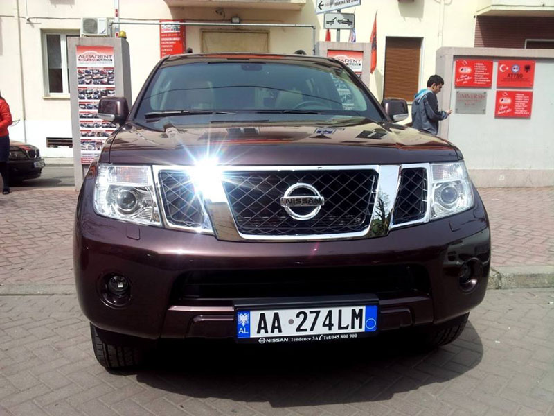 Nissan-Pathfinder-ballore